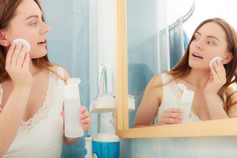 kosmetikprodukte-ohne-alkohol-alkohol-in-kosmetik
